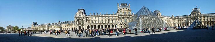 * Museu do Louvre * # Paris, França.