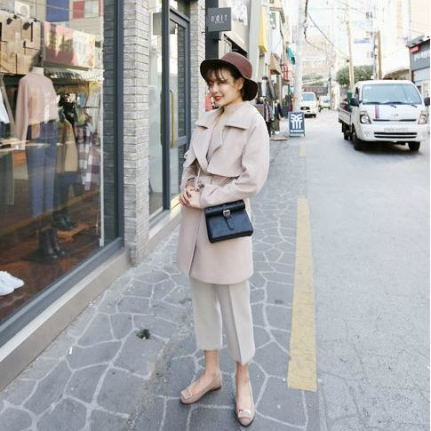 Korea women shopping mall [REALCOCO] Gold Points Loafers / Size :230~250 / Price : 50 USD #realcoco #dailylook #officelook #lowprice #cute #flatshoes #shoes #Loafers  http://www.realcoco.com/