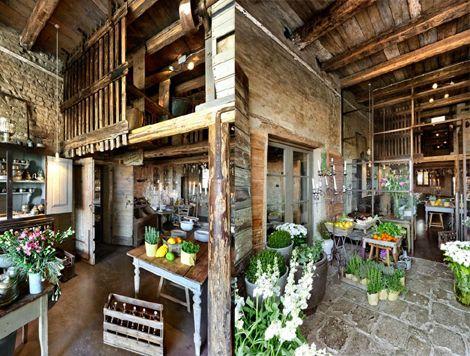 17 best images about local on pinterest restaurant - Paredes decoradas modernas ...