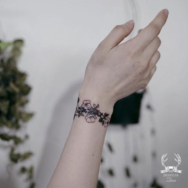 100 Latest Bracelet Tattoo Designs For Ladies: Floral Tattoos #bracelet #floral #tattoo