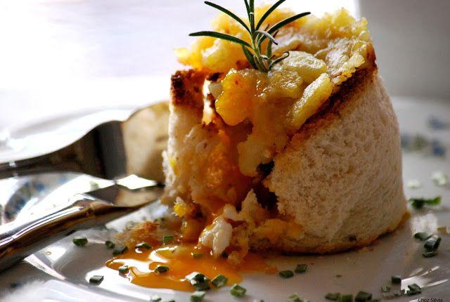 CHEZ SILVIA: Coulant de huevo y patatas fritas.