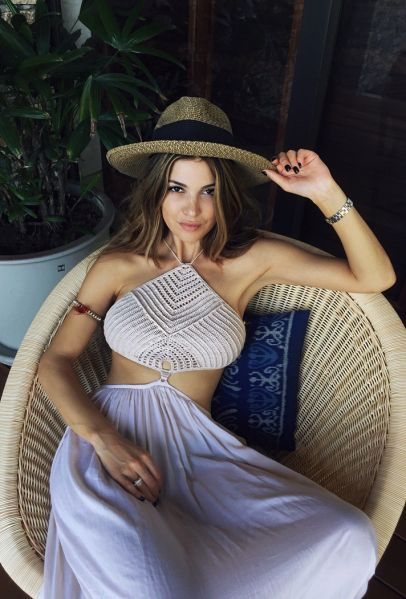 Blogger Beach Style: 50 Glorious Summer Outfit Ideas | StyleCaster