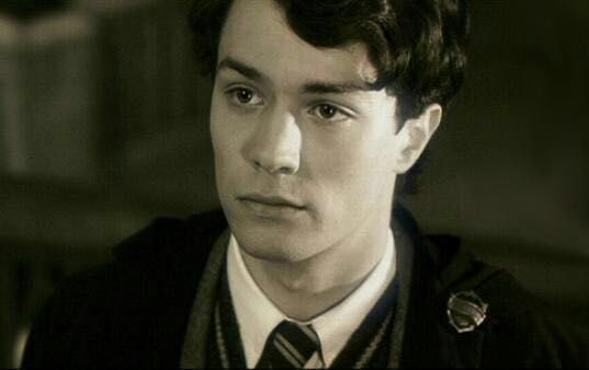 Harry Potter Smut - Tom Riddle x Reader | Fan girl things in
