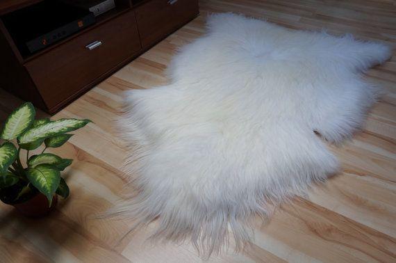 GIANT SHEEPSKIN Iceland White Throw Genuine by TrendingSlippers, $59.99