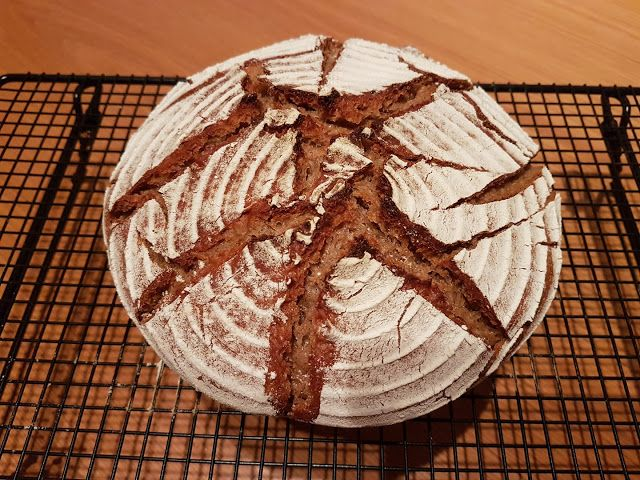 Mischbrot Aus Dem Buch Brot Backen In Perfektion Mit Sauerteig Von Lutz Geissler Brot Backen Sauerteig Brot