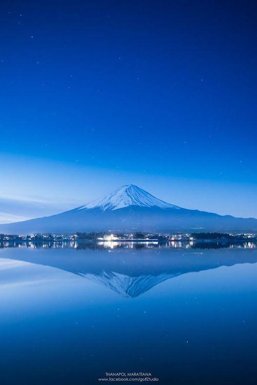 Mt Fuji Kawaguchiko Japan - photo by Thanapol Marattana