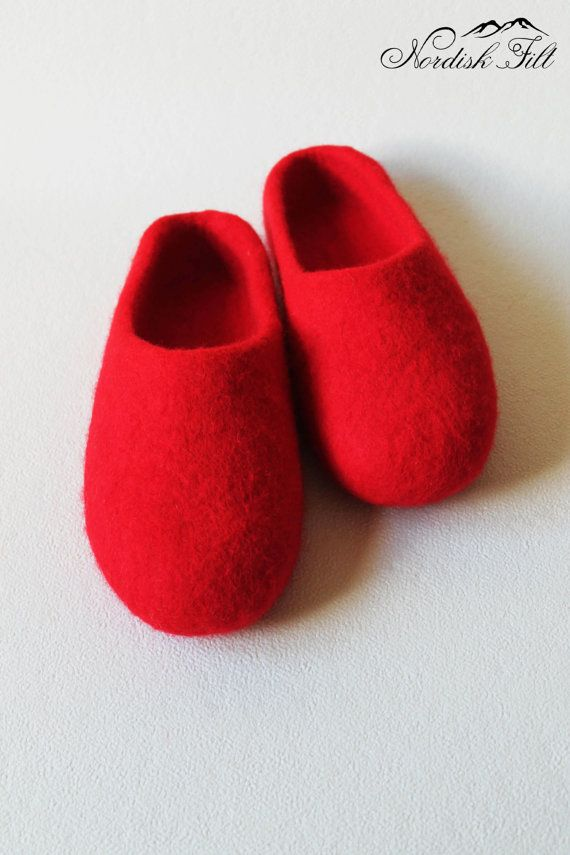 Felted red wool slippers-Home shoes