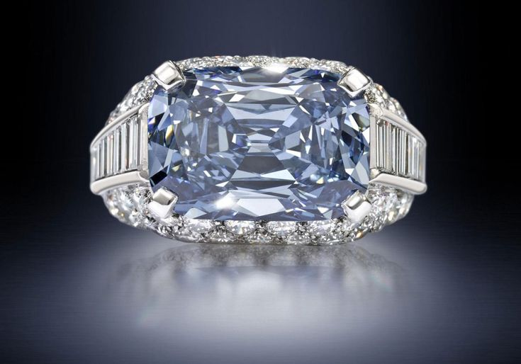 The Most Expensive Engagement Ring in the World by Bvlgari & was sold in April 2013 for just $9.49 million