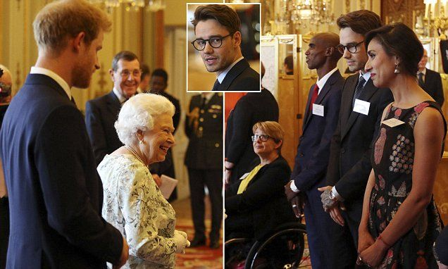 Queen's Leaders ceremony begins at Buckingham Palace