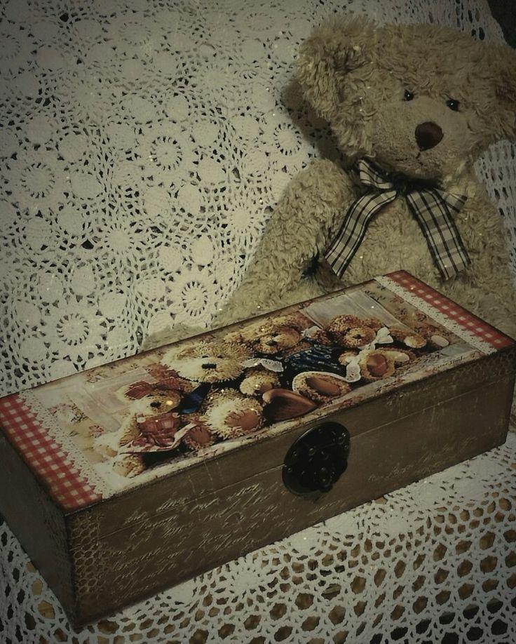 Gyerekkorom kedvence egy macis dobozzal, annyira cuki :-) / wooden box, decoupage, antique style again