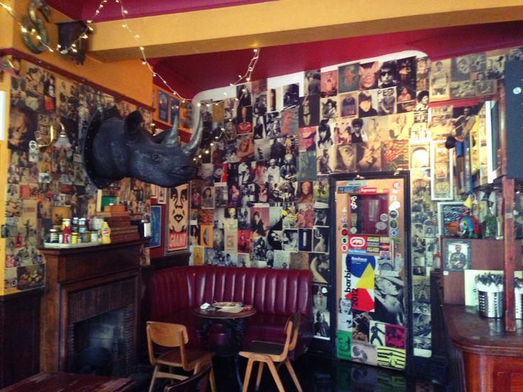Three Kings of Clerkenwell. This popular pub is decorated with an eclectic selection of bric-a-brac, which includes a fibreglass rhino head, a plaster Egyptian dog, an autographed photo of Dennis Bergkamp and old maps of Islington. It's kitsch but cosy – particularly if you opt for a pint of traditional ale and a strategic position by the crackling coal fire.