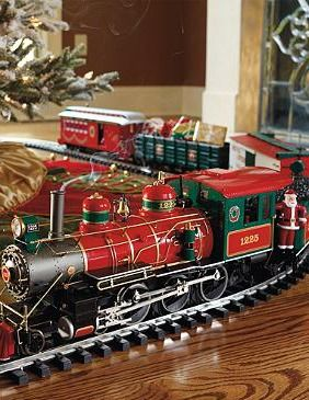 Delight your guests this holiday season with the Wonderland Flyer Train Set that chugs into town and around your Christmas tree on 32 feet of track.