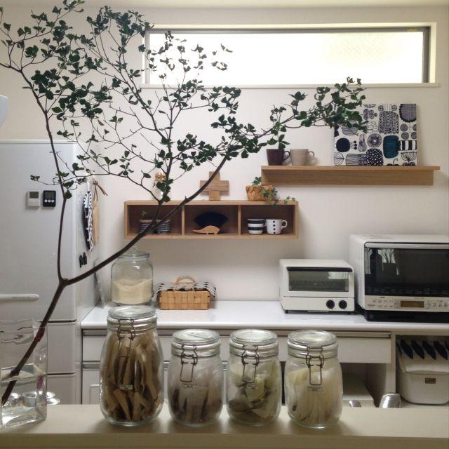 yuyuさんの、Kitchen,無印良品,IKEA,無印,ファブリックパネル,マリメッコ,北欧,アルテック,キッチンカウンター,marimekko,北欧雑貨,北欧インテリア,壁に付けられる家具,キッチン収納,IGと同じpic!,ドウダンツヅシについての部屋写真