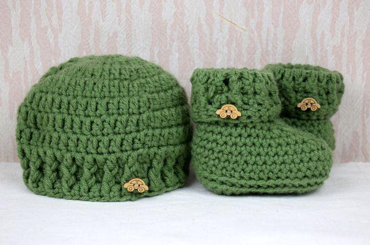 Set cappellino e scarpine baby di perfiloesegnostore su Etsy