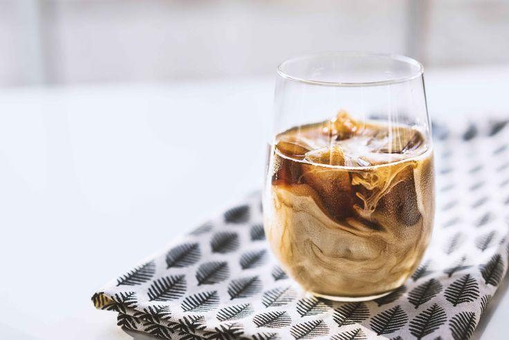 Eiskaffee selber machen mit Kaffee-Eiswürfeln