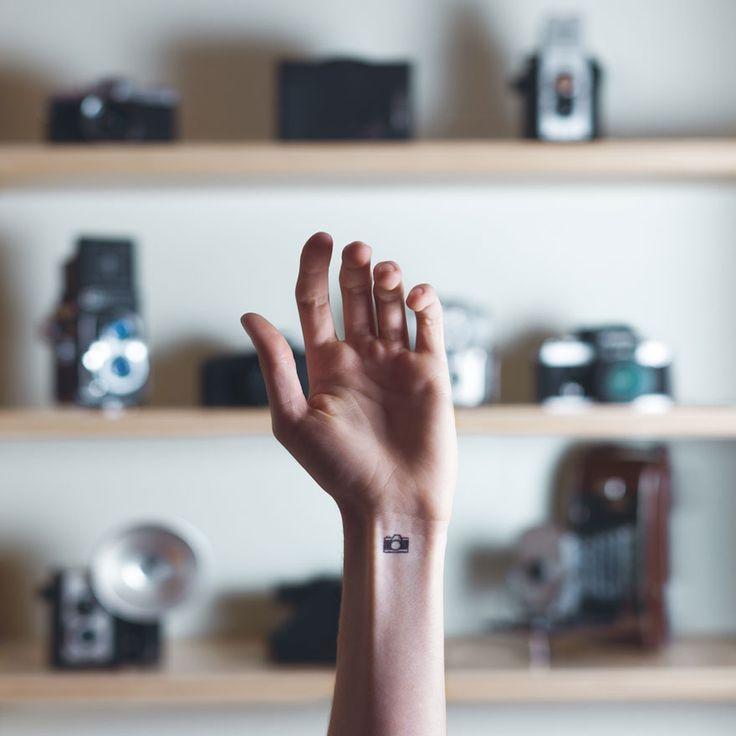 skin-art-wrist-background-tiny-tattoo-austin-tott-1