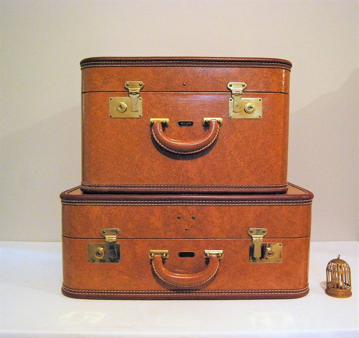 216 best luggage vintage style images on Pinterest | Vintage style ...