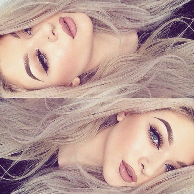 So beautiful @grgctts  Pure Hollywood #liquidlips with Whirl liner #anastasiabeverlyhills