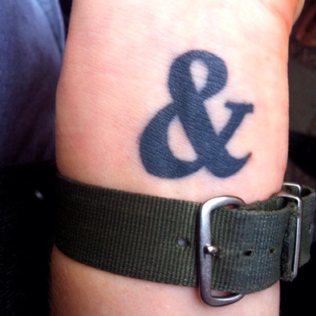 Ampersand spotted!