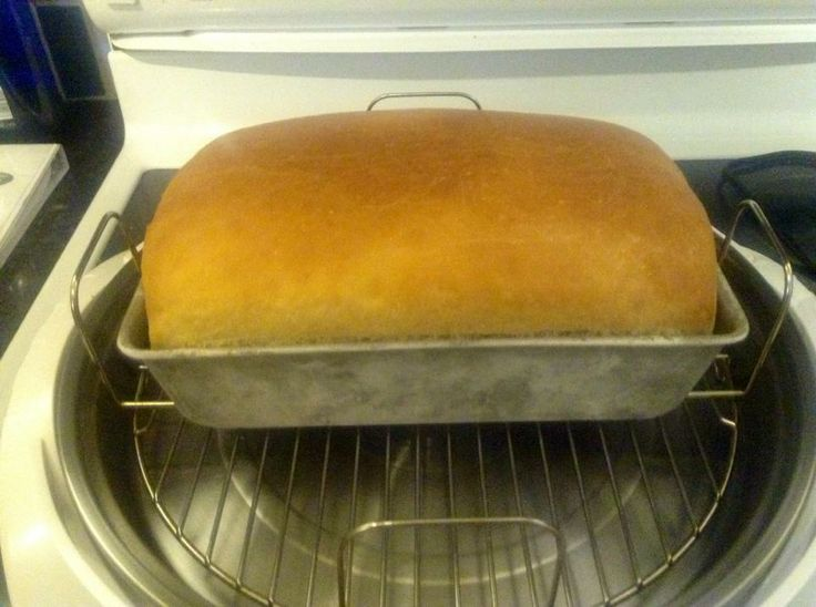 Sean E. used his NuWave Elite to bake this lovely loaf of bread! Has anybody else ever baked homemade bread?   Try following Sean's recipe, found here: https://www.facebook.com/photo.php?fbid=10152261690445412&l=1fc5968d1f