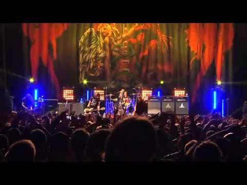 Slash LIVE @ Sydney August 25th 2012 **Like**Pin**Share**  ♥Foll0W mE @ #ProvenAsTheBest ♥