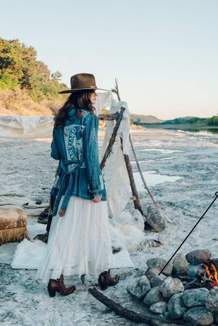 "Wild Bohemian West In Double D Ranch ""Mi Terra"" Pre-Fall Collection 2017"