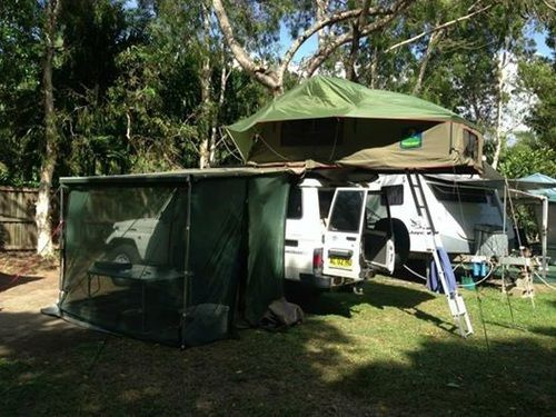 Car Side Awnings : Howlingmoon Card side awning are easy to mount and operate, these retractable awnings fit on to the side of a roof rack, car etc and are conveniently stored for immediate use on arrival. Buy Now! Hurry!  URL:-http://www.howlingmoon.com.au/products/awnings | howlingmoon