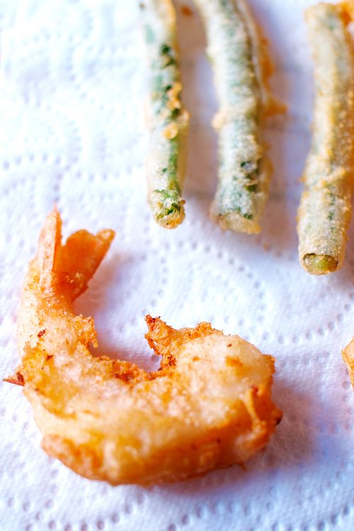 Tempura Recipe - serve with soba or udon, or with dipping sauce. #vegetables #tempura #dinner