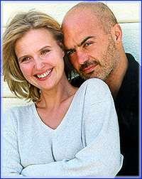 Livia (Katharina Bohm) e Salvo (Luca Zingaretti)