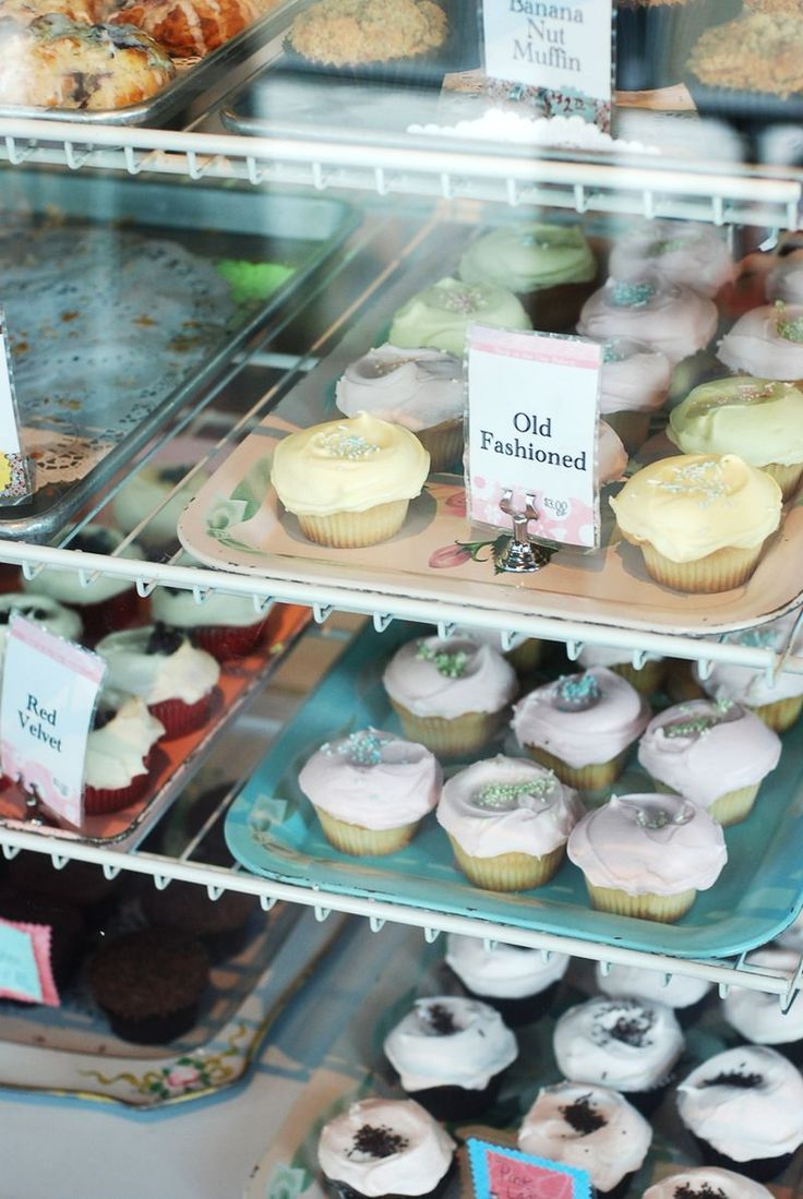 Back In the Day Bakery in Savannah,, GA http://www.bloglovin.com/frame?post=1238028813=0_type=a=4526=aHR0cDovL3d3dy5hYmVhdXRpZnVsbWVzcy5jb20vMjAxMy8wNy9hLXdvcmstd2l0aC1iYWNrLWluLXRoZS1kYXktYmFrZXJ5Lmh0bWw=1=0=0