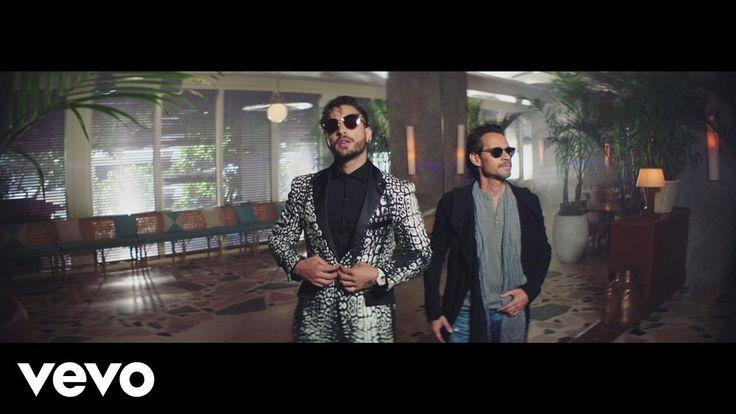 En un día como hoy, Marc Anthony & Maluma dicen: - HAY QUE SER FELIZ! [con una salsita] ;-)