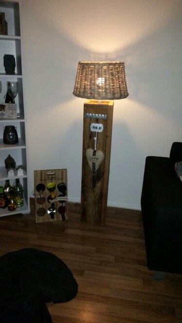 Steigerhouten lampenvoet!