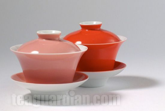 140 ml gaiwans, porcelain with colour overglazes. This is the standard, and well-proven, shape of gaiwan for gongfu tea-making. Great as a cup as well.