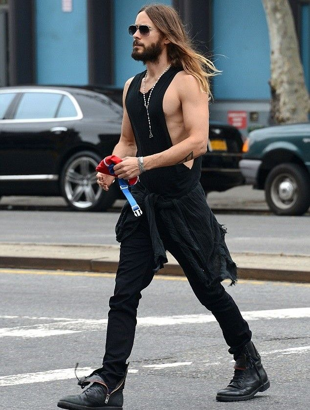 "Jared Leto Is Gaining Weight to Play The Joker in ""Suicide Squad ..."