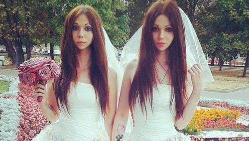 El matrimonio hetero de las dos novias rusas en Moscú