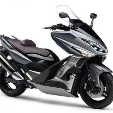Yamaha sebagai salah satu produsen sepeda motor dunia belum lama ini meluncurkan skuter TMAX 530 khusus untuk konsumen di Eropa.    Read more: http://auto.ghiboo.com/yamaha-tmax-paduan-skuter-dan-sport-bike