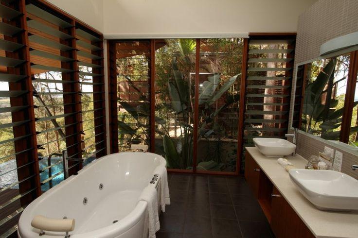 Ruffles Lodge - Treehouse Pool Villa Bathroom - Gold Coast Hinterland Accommodation