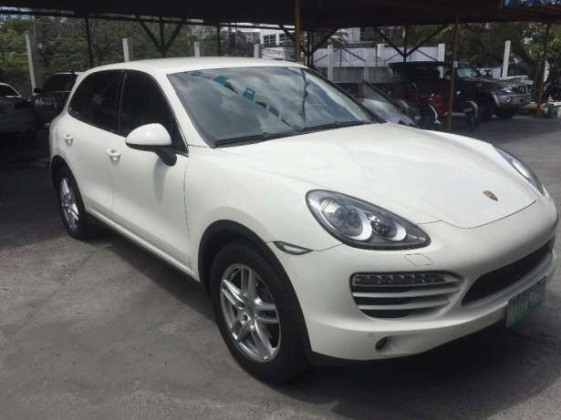 For Sale Local PGA Unit 2012 Porsche Cayenne V6 Low Mileage Very Fresh Call 09175287233 for more info or click Photo for price #porsche  #cayenne  #ferrari #autotradephils #carsforsaleph  Please LIKE, LOVE and SHARE this one of a kind SUV .. Thank You