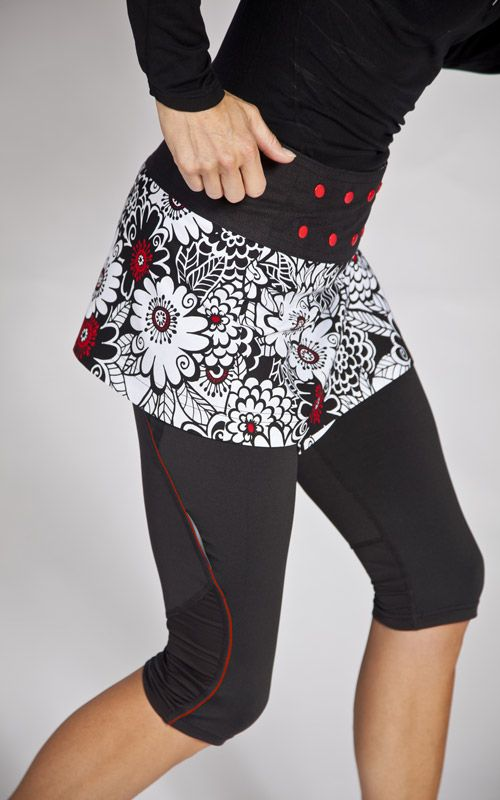 Skirted leggings often feature the same color or pattern for both the skirt and the leggings, but you can also find patterned skirts with solid color leggings, or vice versa. Look great while enjoying the tight feel and comfort of skirt leggings as you hit the town for a fun night.