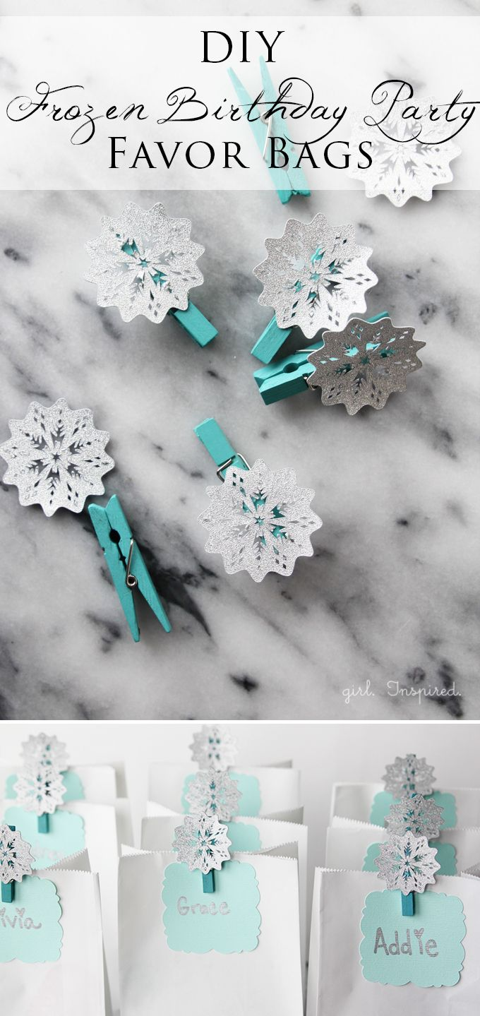 Perfect and easy party favor bags for Frozen Birthday Party! by @girlinspired