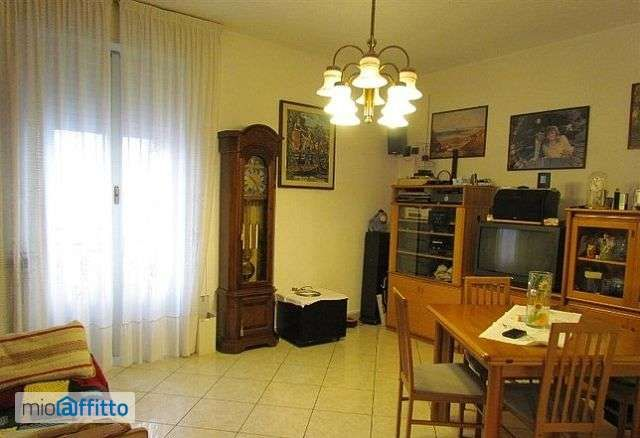 Appartamento equipaggiato arredato primo piano 3472721 mioaffitto it