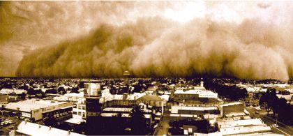 A dust-storm in Mildura, Australia of 1967-68