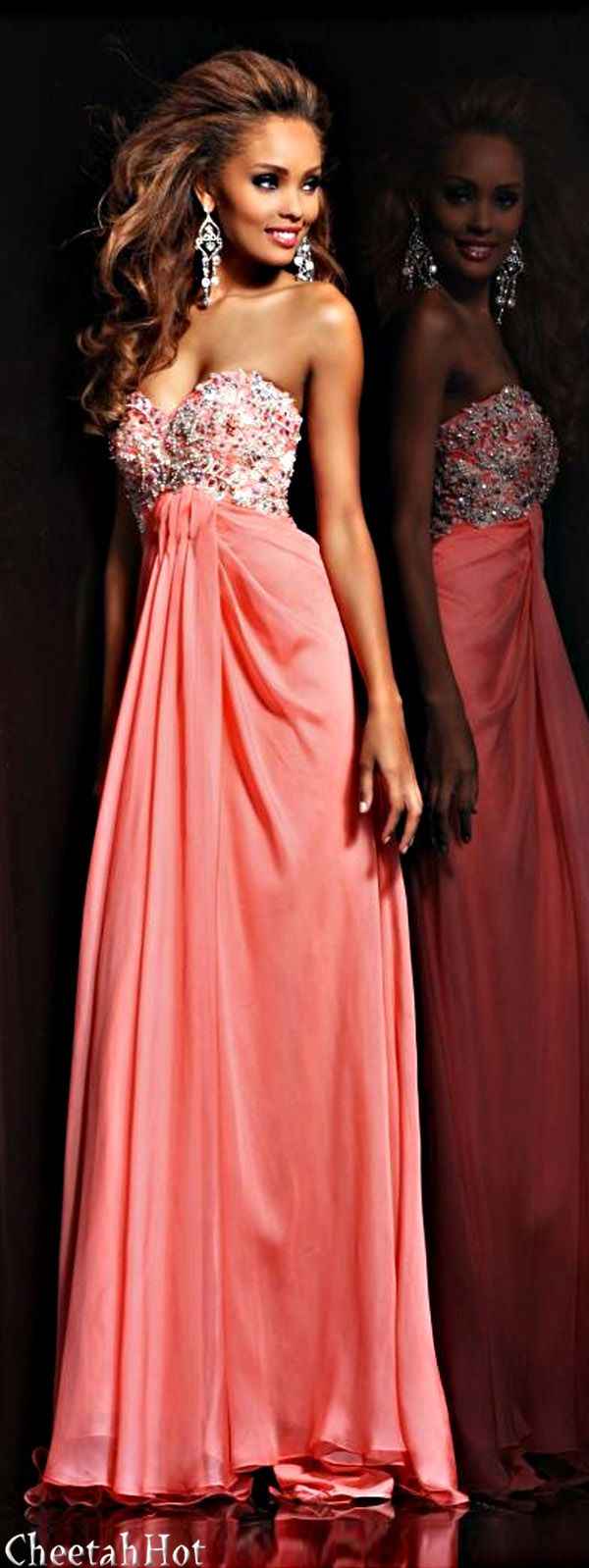 SHERRI HILL - Coral Gown. Ok seriously I need somewhere to go. Lol