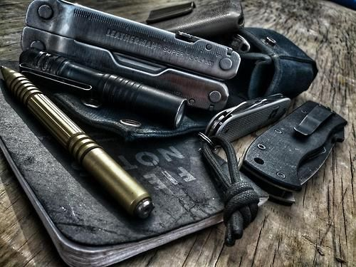 This EDC image looks so cool. I can only make a few thing from this (Leatherman, tactical pen, Field Notes, and Swiss Army pocket knife). Do you know the brands and models in this picture?