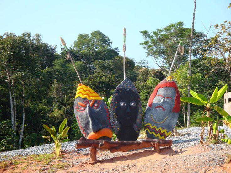 Parque Tematico Hacienda Napoles (Puerto Triunfo, Colombia)