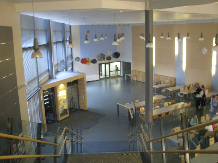 Entry foyer of Kaakkuri School, Oulu, leading into the dining hall where free hot lunches are served to students and staff each school day. Note another artwork on the far wall.