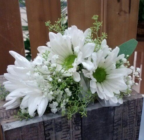 118 best images about corsages boutonnieres on pinterest delphiniums floral and white roses. Black Bedroom Furniture Sets. Home Design Ideas