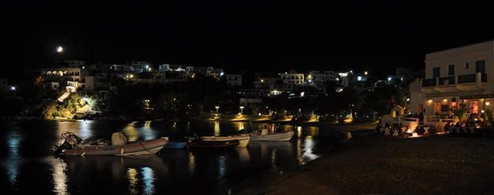A beautiful night at Piso Livadi #Paros...