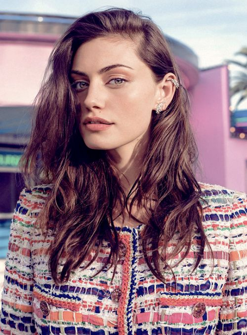 Phoebe Tonkin Elle Magazine (2015)
