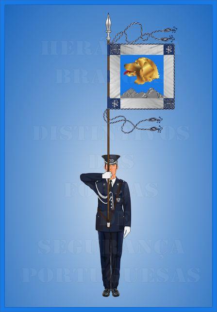 Heráldica - Brasões e Distintivos das Forças de Segurança Portuguesas  Porta-Guião do Comando de Polícia da Guarda